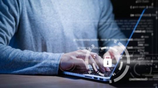 ¿Qué es y para qué sirve un firewall?