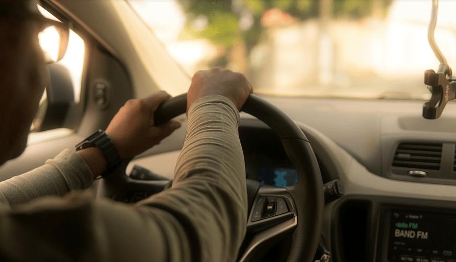 Cómo eliminar un vehículo de una cuenta de conductor de Uber