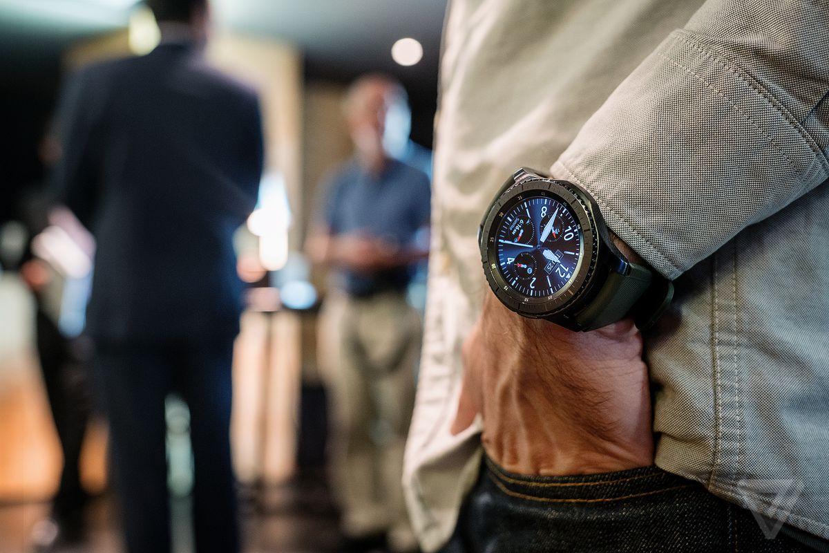 mlinsangan 160825 1207 0006.0.0.0 1 - ساعة Gear S4 الذكية الجديدة المقدمة من سامسونج سيتم الإعلان عنها الأسبوع القادم