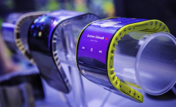 شركة هواوي ستطلق أول هاتف قابل للطي في العام المقبل - هواوي تعمل على هاتف ذكي جديد قابل للطي لمنافسة شركة سامسونج