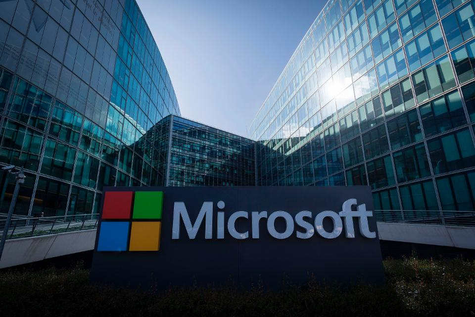 960x0 - فضيحة تورط موظفين من رتبة عالية في مايكروسوفت و أمازون بقضايا الاتجار بالنساء في الدعارة