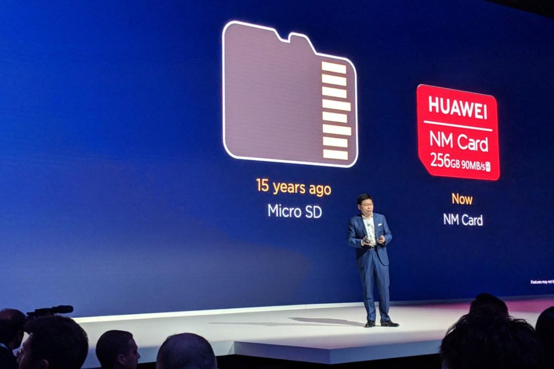 Huawei NM Card micro sd 1 1200x800 1 - تعرف على ذاكرة النانو التي كشفت عنها هواوي والتي ستستبدل MicroSD بجوالاتها الجديدة