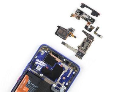 11 2 - شاهد تفكيك هاتف هواوي الرائد Huawei Mate 20 Pro وتعرف على مكوناته الداخلية