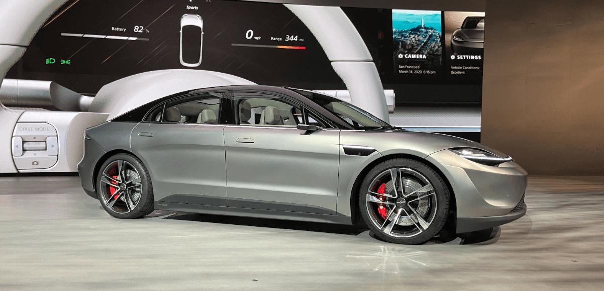Sony electric car - سوني تفاجئ الجميع وتكشف عن نموذج سيارة كهربائية في مؤتمر CES 2020