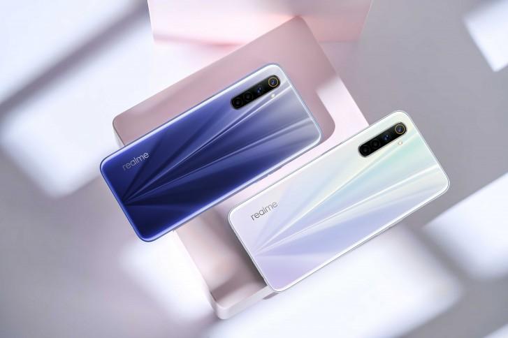 gsmarena 003 - شركة ريلمي تكشف عن جوالات Realme 6 كأرخص جوالات بشاشة معدل تحديثها 90 هرتز