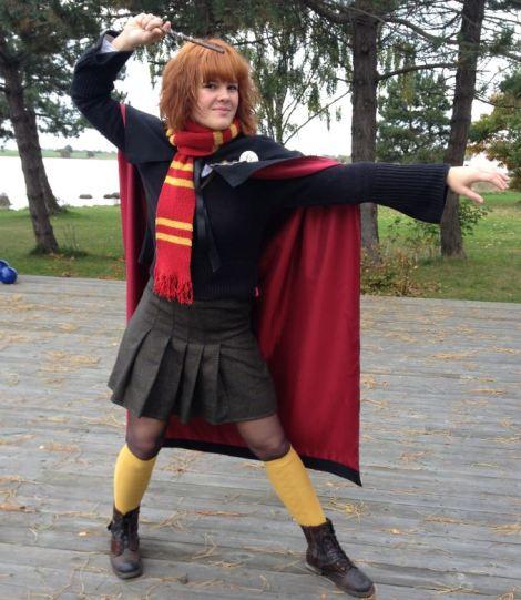 Andrea alias Hermoine er klar til å utøve litt magi!