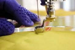 Både linjalen og foten er 1/4-inch høye - ikke bruk skjære linjaler når du skal quilte da de er for lave