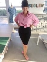 Litt pinup og litt Aurey Hepburn - en oversized herreskjorte og smalt skjørt med søte ballerinaer