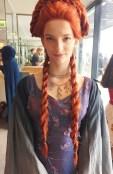 Jeg skal ikke late som om jeg vet noe om Game of Thrones, men dette er nydelige Sansa og hennes kostyme er perfekt ned til minste detalje