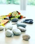 Det finnes mange typer mønstervekter - mine er sten plukket på stranden