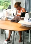 Til prosjektet med å sy kjolene så brukte vi både overlocken, coversømsmaskinen og symaskinen