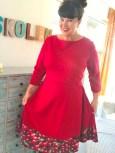 Tror det synes på bildet at jeg er 6 år igjen og har lyst til å snurre i min fine nye kjole