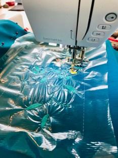 Den vannløselige stabiliseringen sørger for at stingene ikke forsvinner ned i materialet og gir dermed et mye flottere resultat