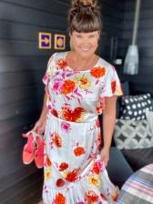 Kjolen har masse deilige farger og jeg har de perfekte sko fra Ilse Jacobsen