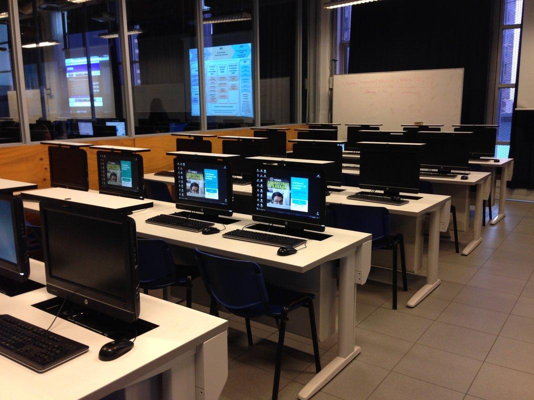 Government Computer Lab Furniture Slide 001  SYSTEMCENTER