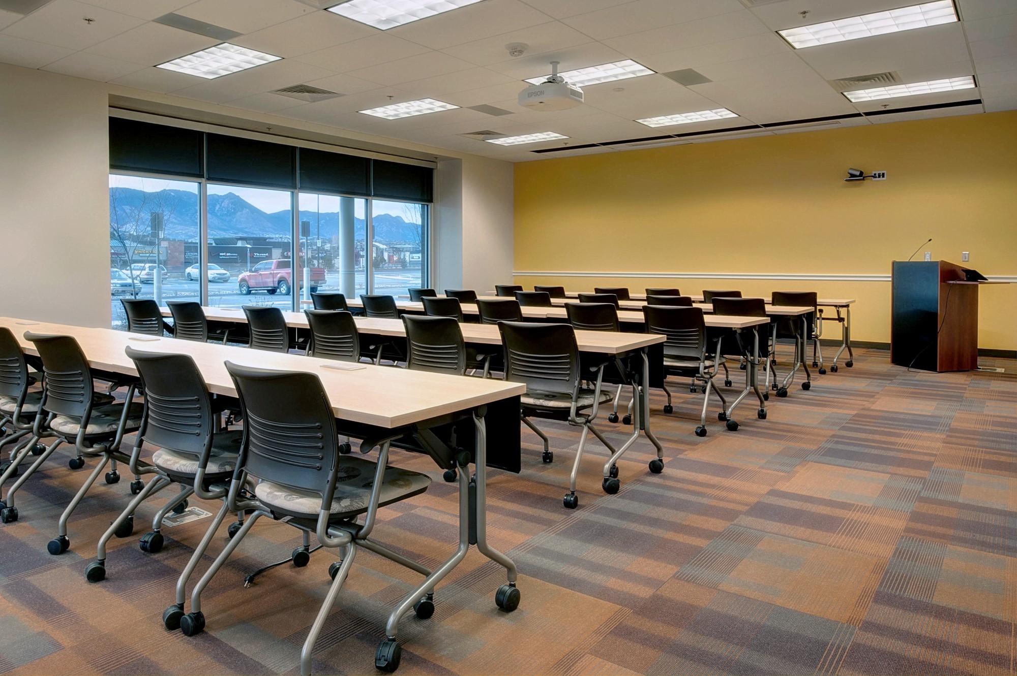 SYSTEMCENTER  Military training room furniture