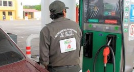 Ausencia de gasolinazos, presume Andrés Manuel López Obrador