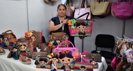 """Crece el Pabellón """"Guanajuato"""" con productos propios de la entidad federativa"""