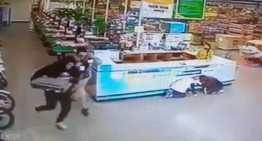 """Hampones asaltan una de las tiendas de """"Aurrerá"""" de Acámbaro"""
