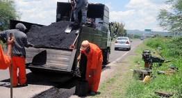 Invierte SICOM 13 mdp  en rehabilitación de carreteras del sureste de Guanajuato