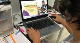 Docentes trabajan  para el inicio de labores escolares