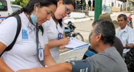 El sector salud aplica muestras médicas en la región sureste