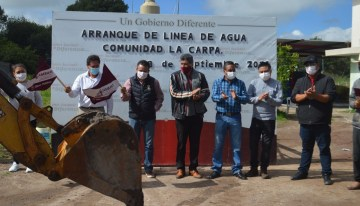 """En Acámbaro,  amplían la red de agua potable en """"La Carpa"""""""