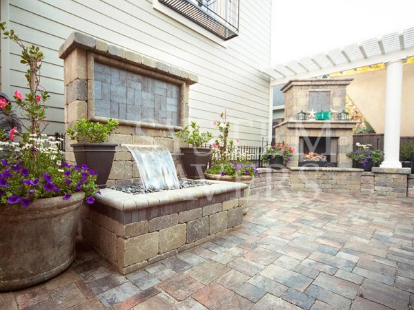 custom wall water feature design
