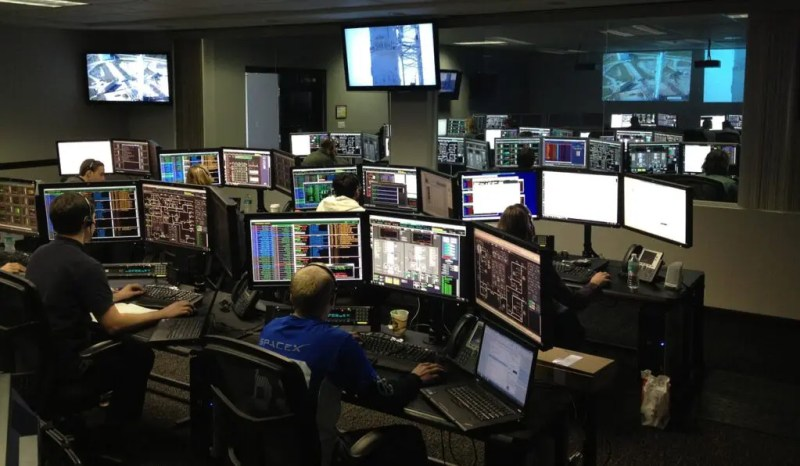 test software and programming languages in SpaceX