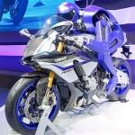 """ロボットニュース:バイク乗りロボット「MOTOBOT」はロッシを超え、""""心地よいバイク""""を生み出す"""