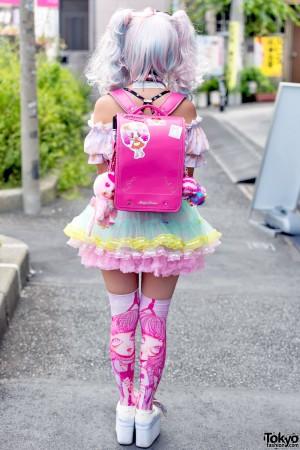 harajuku-decora-fashion-walk-15-029-300x450