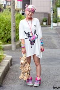 harajuku-decora-fashion-walk-15-048-300x450