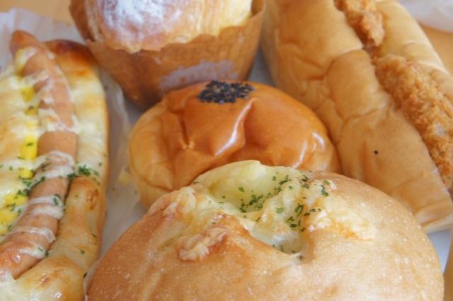 惣菜パンを夏場の暑い日に保存する方法