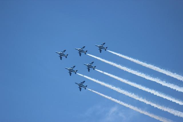 入間航空祭(航空ショー)ブルーインパルスを見に行こう情報