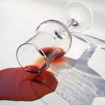 アルコールの悪影響と飲酒で酒さよう皮膚炎が悪化する理由
