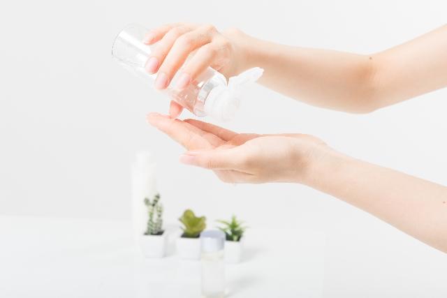 日焼け後のアフターケアを行う際に選ぶべき化粧水