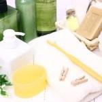 シャンプーの洗浄成分の種類。界面活性剤(洗浄成分)の種類によって酒さ肌へのダメージ傾向が分かる。