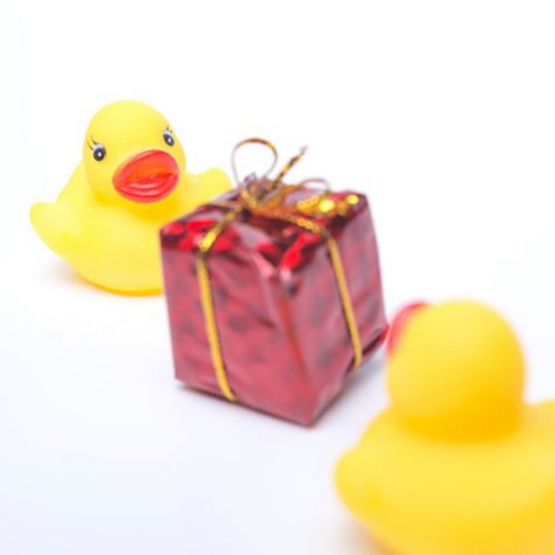 新常識!友人に贈る出産祝いの基本マナーと選び方