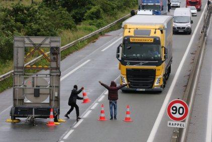 Calais - Magyar kamion támadás alatt 2.