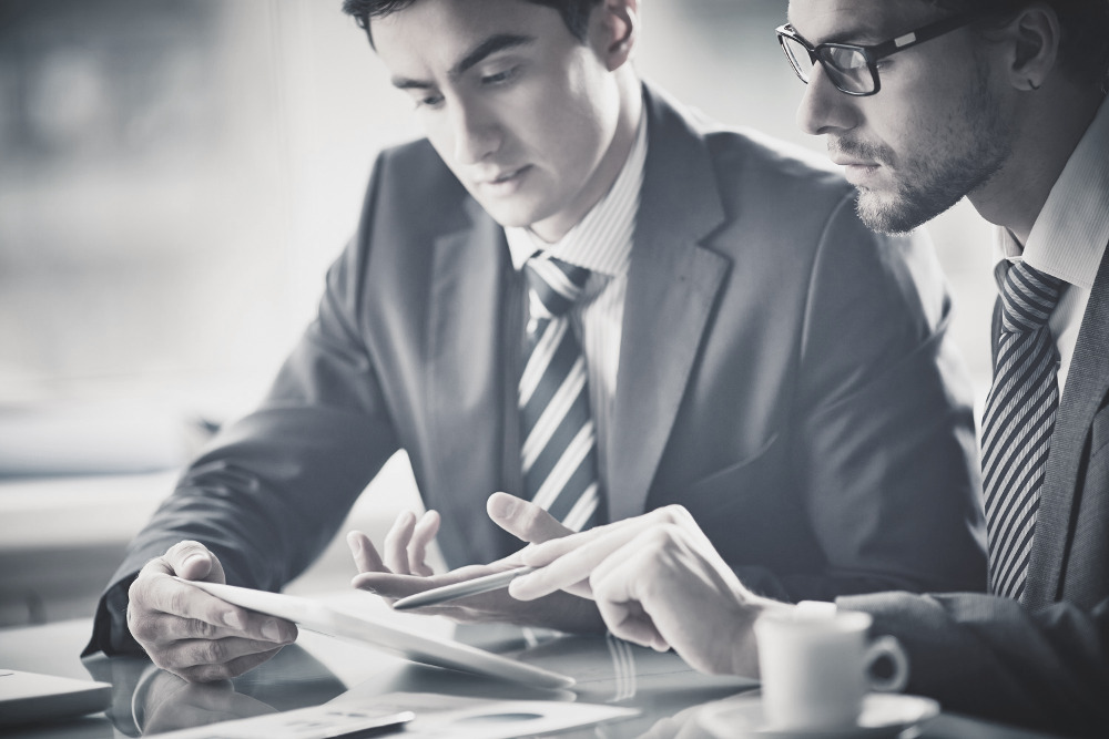 How Can a Real Estate Consultant Help Grow Your Career?