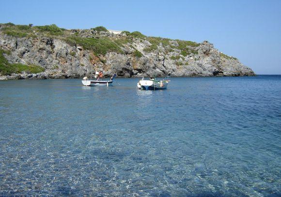 Tengerpart Agios Georgios Pagon
