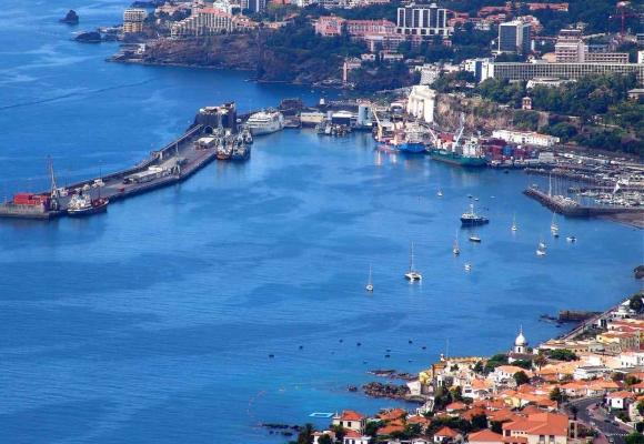 Kikötő Funchal