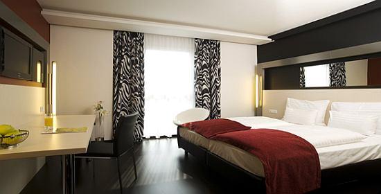 Pannonia Tower Hotel - szálloda
