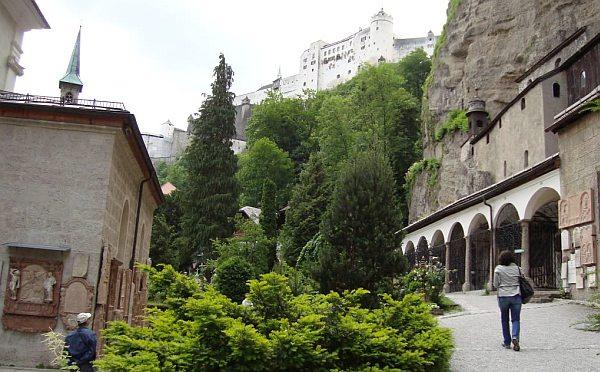 Salzburg városnézés séta, gyalog