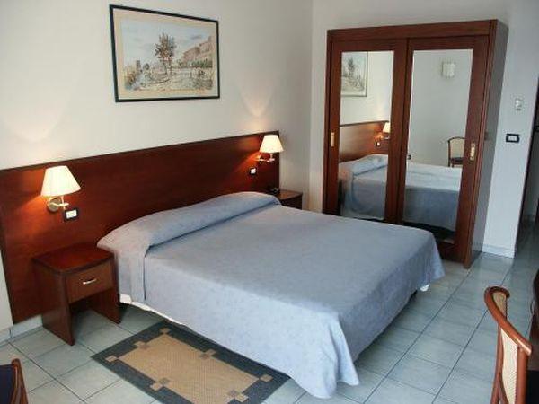 Grand Hotel szálloda Terracina