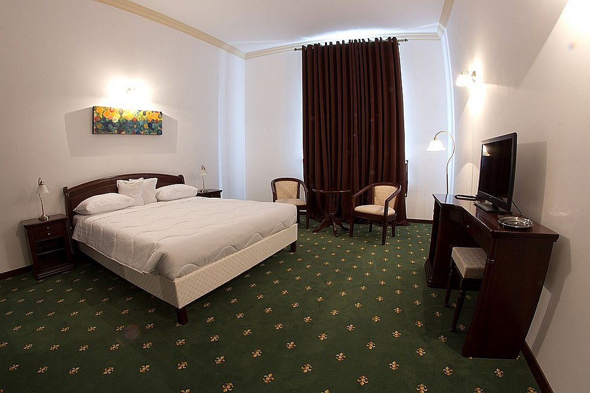 feh r megye sz ll s hotel panzi s l tnival k erd ly. Black Bedroom Furniture Sets. Home Design Ideas