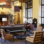 Yosemite hotel lobbi