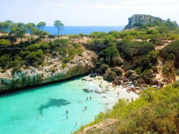 Cala Figuera tengerparti strand