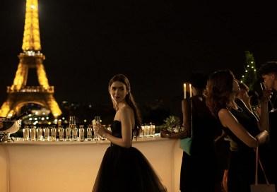 Emily w Paryżu – tak głupia, że aż urocza