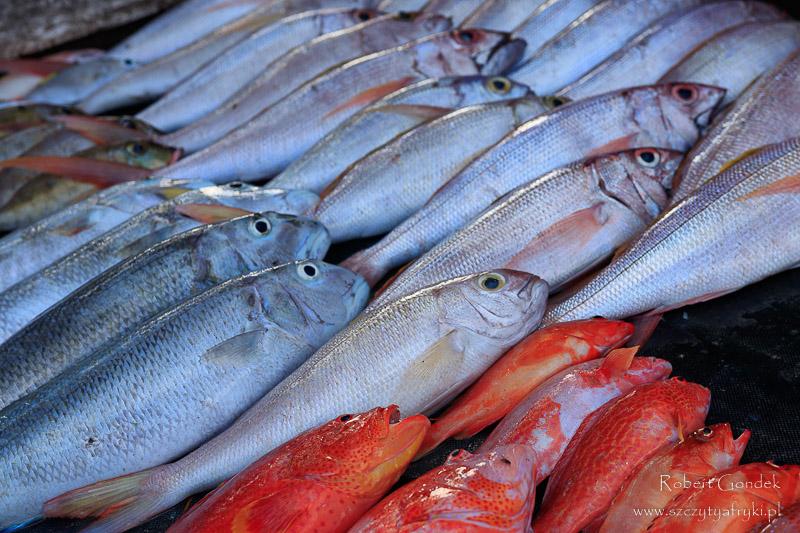 Targ rybny w Grande Baie